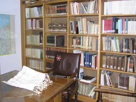 Büro mit Archivalien