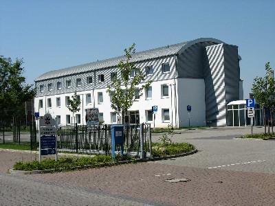141 - FD Straßenverkehr Foto Gebäude