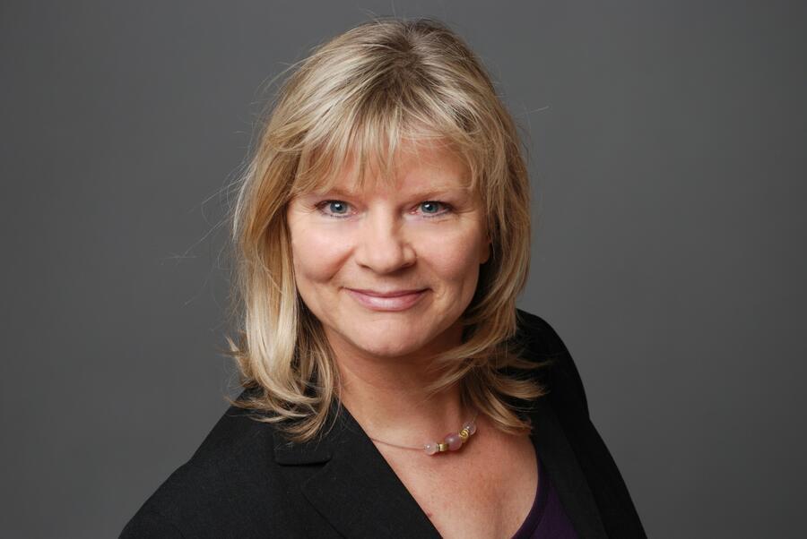 Referentin Barbara Hagen-Bernhardt
