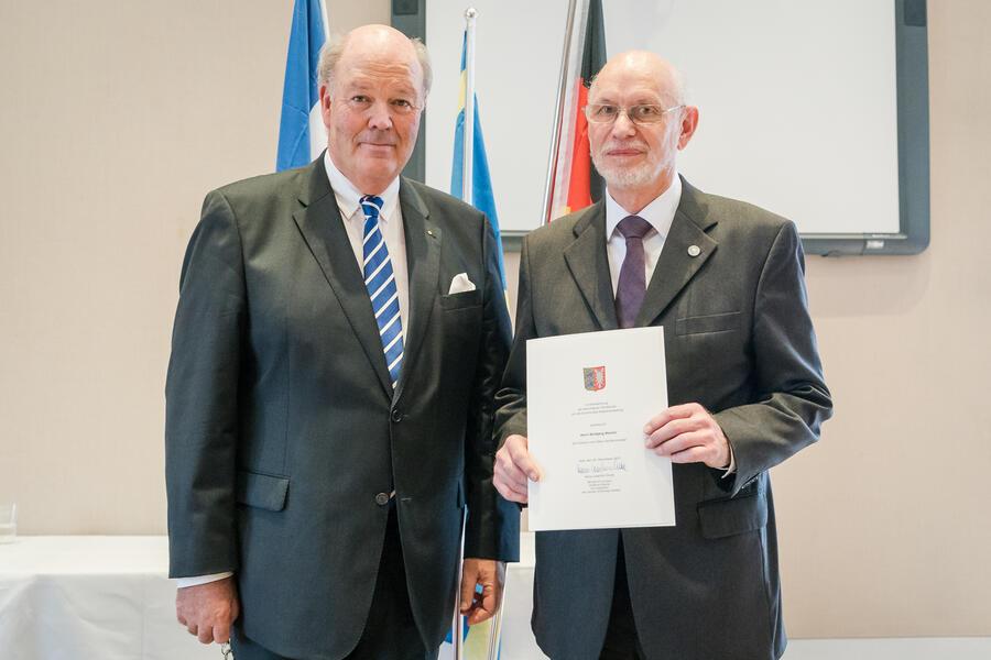 Wolfgang Warmer mit Innenminister Hans-Joachim Grote